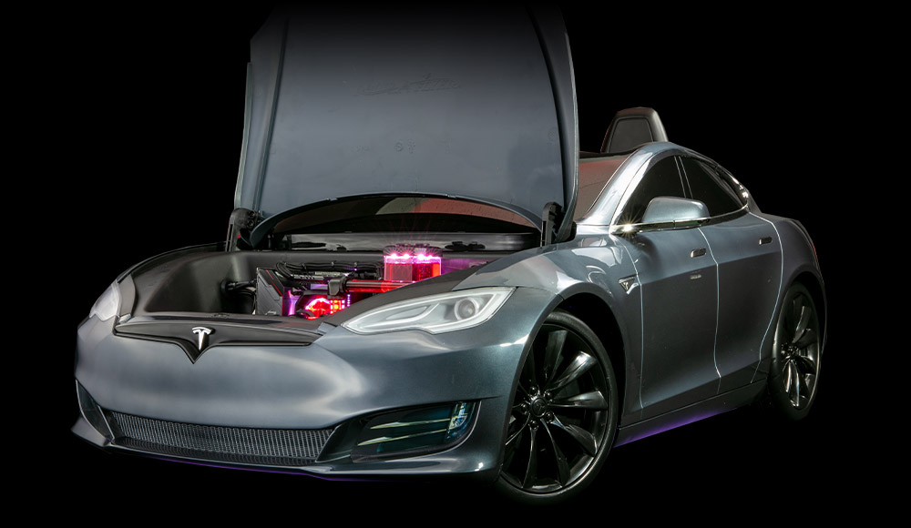 MKBHD's Tesla Model S PC